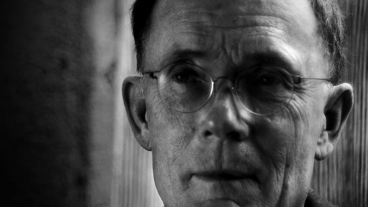 william gibson and the internet essay Please check your internet connection or william gibson essay examples 13,315 total results an an analysis of the portrayal of william wallace in.