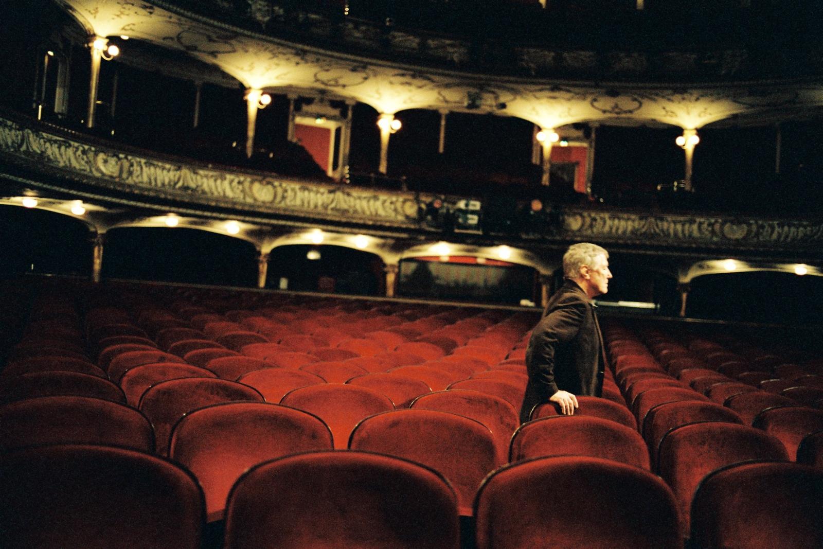 Auf Dem Weg Schauspielhaus Full