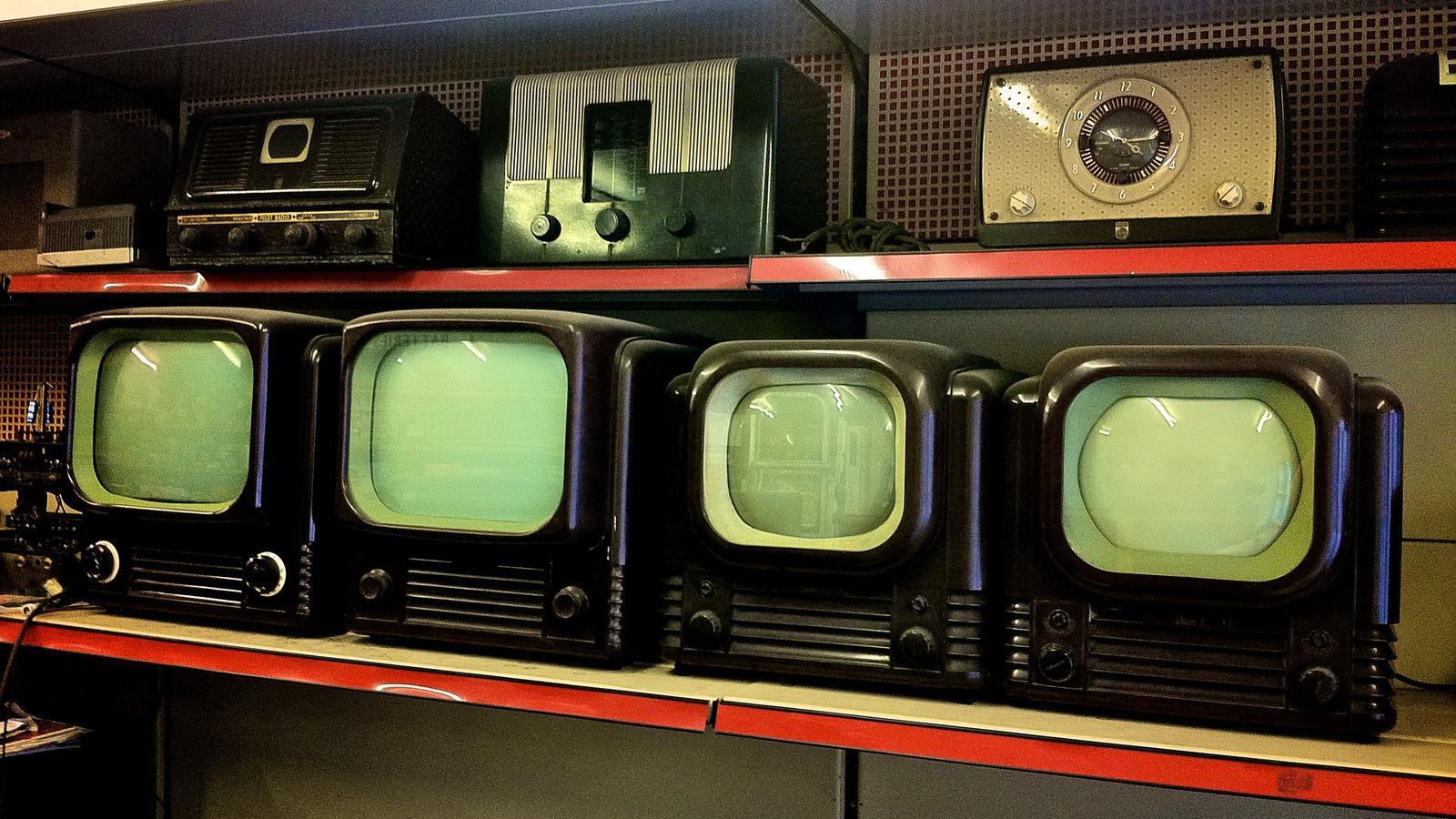 TV Mike Paradinas