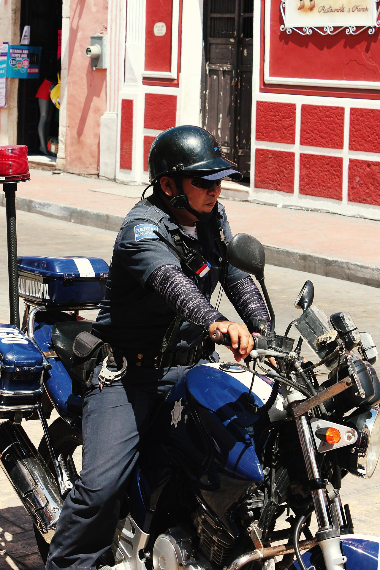 Mexiko Valladolid Bike Cop