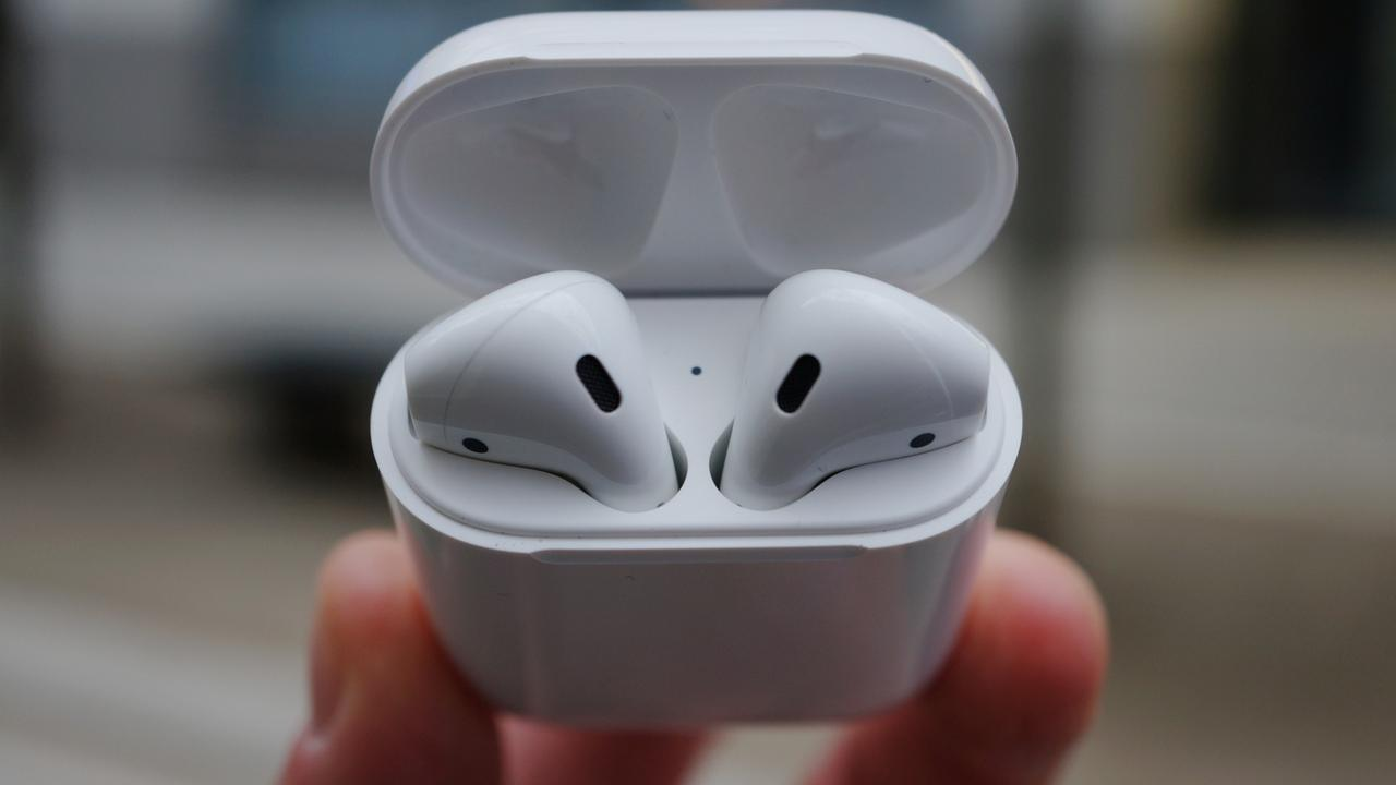 Apple AirPods lead
