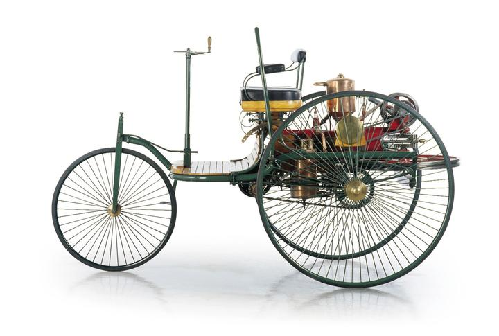 Carl Benz Motorwagen UDC