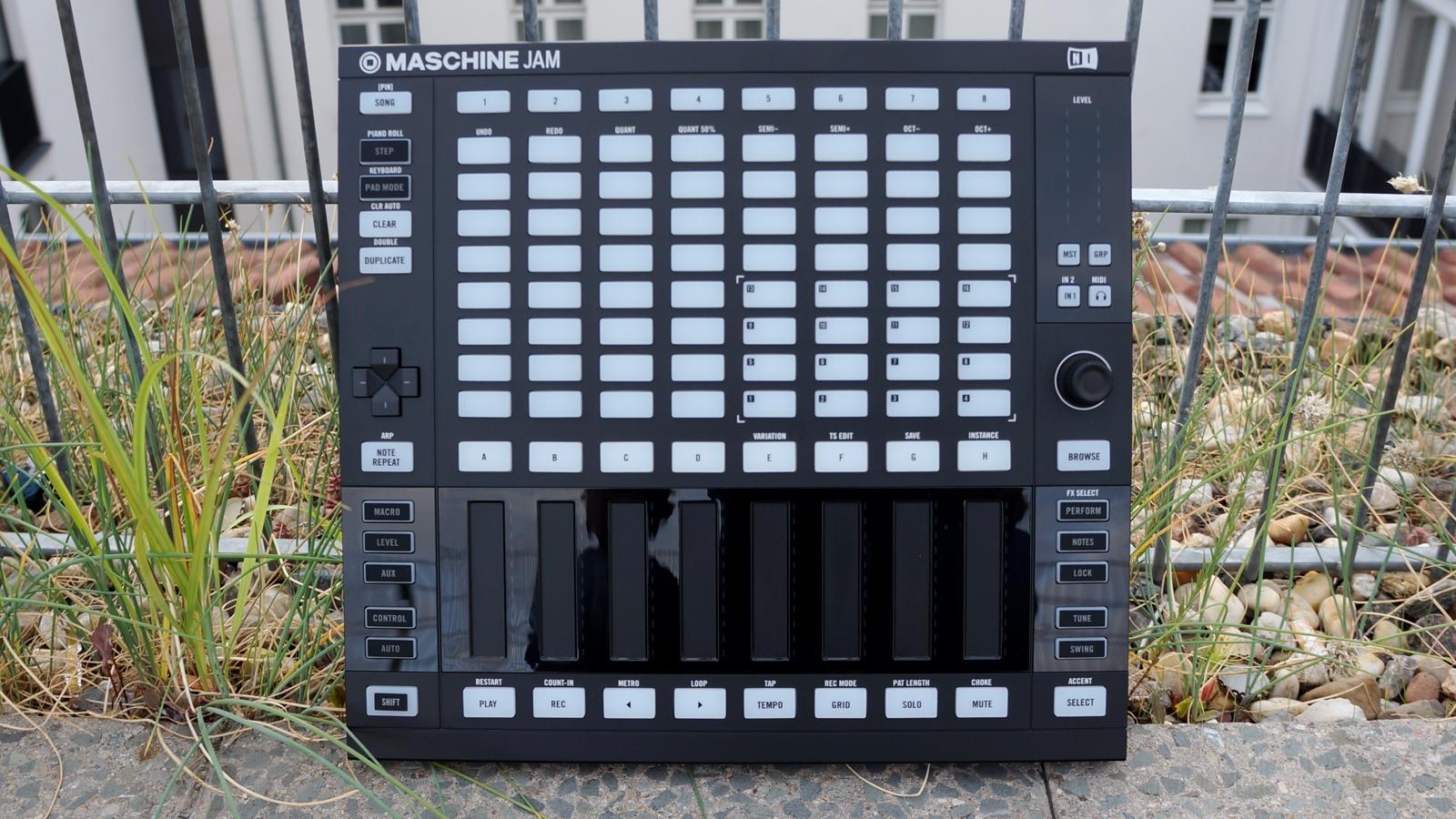 NI Maschine Jam 02