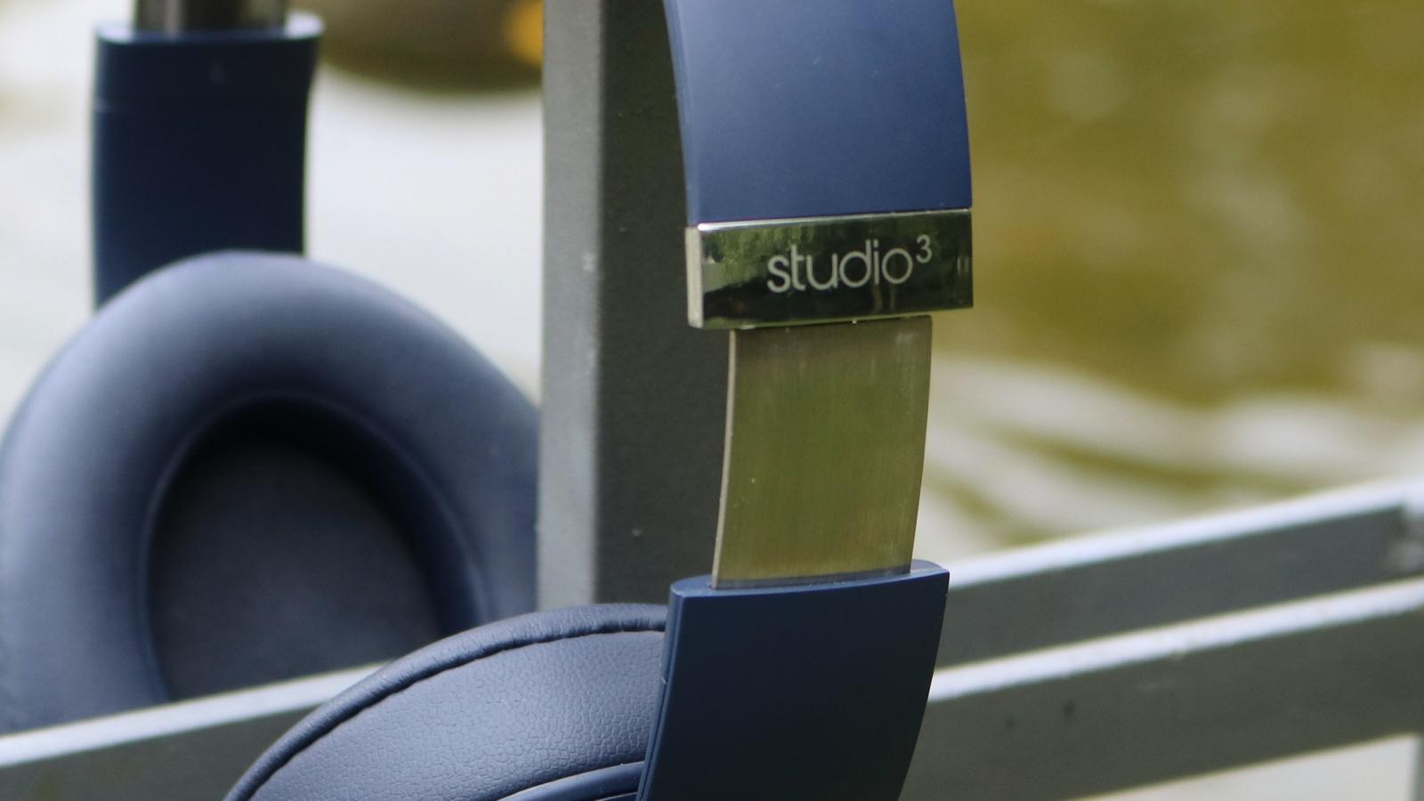Studio 3 Wireless 02