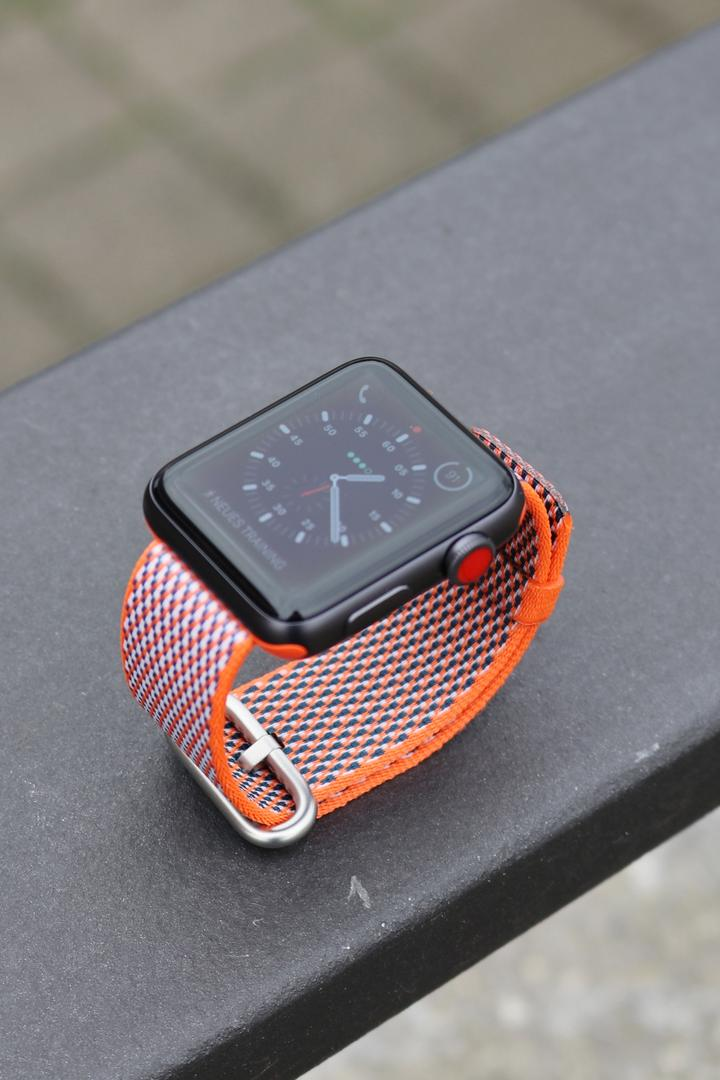 Review Apple Watch Series 3 02