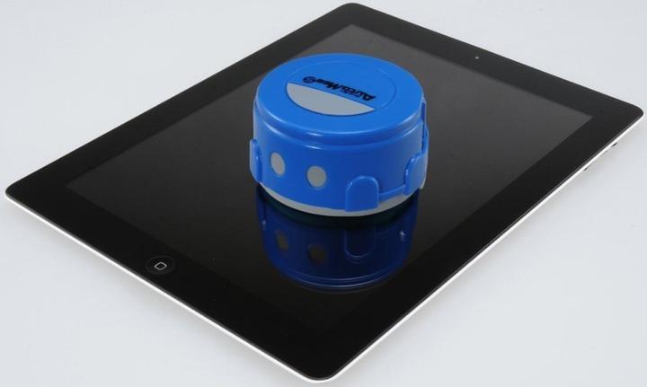 Robotic Smartphone Cleaner Schnapsideen