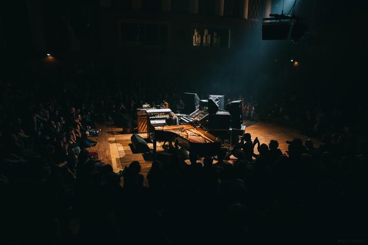 2018 — Nils Frahm live at Funkhaus Berlin - photo by Jerzy Wypych 02