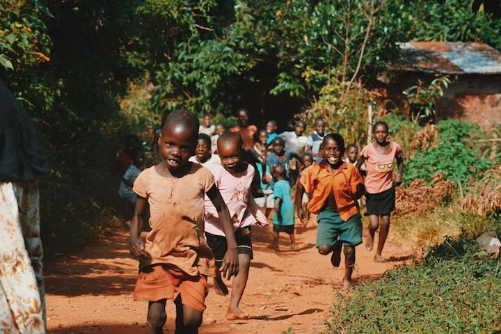 Kinder OLPC LL 290418