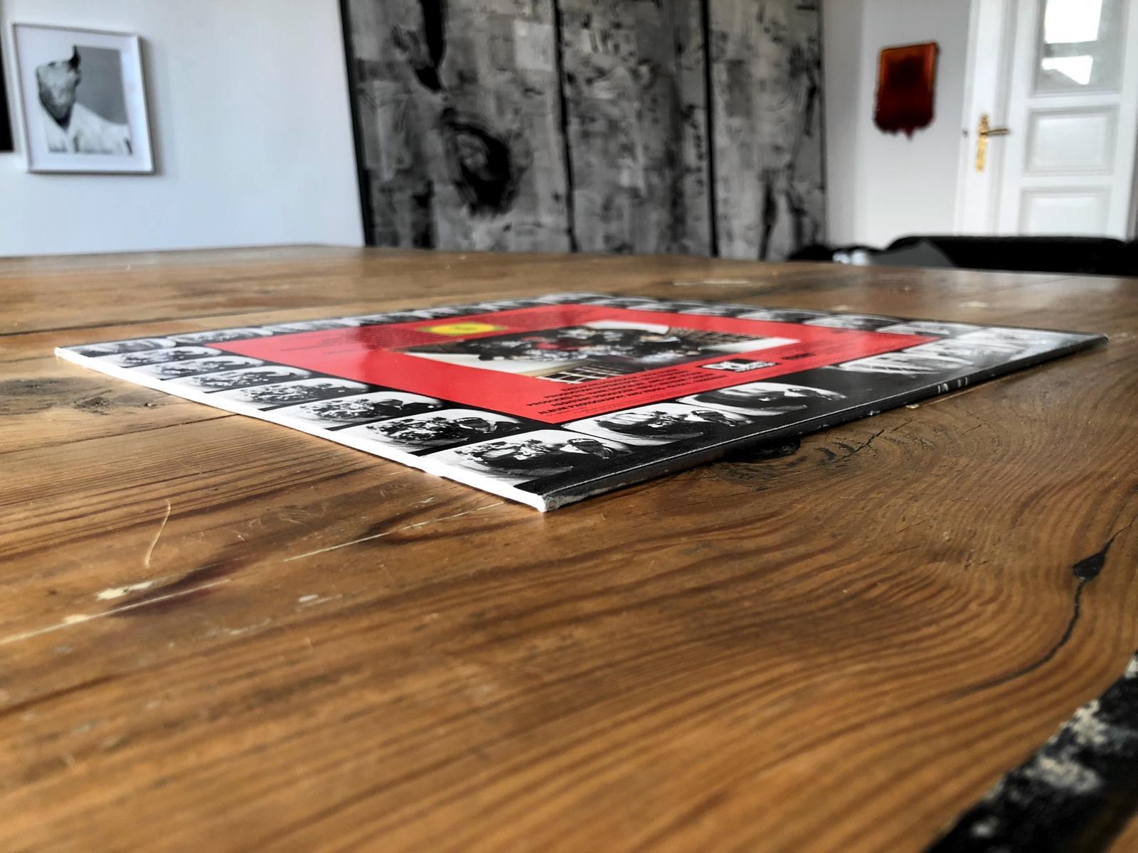 Public Enemy - Roundtable - 06