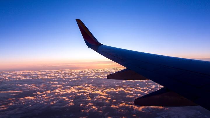 Flugzeug LL10022019
