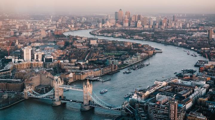 London LL31032019