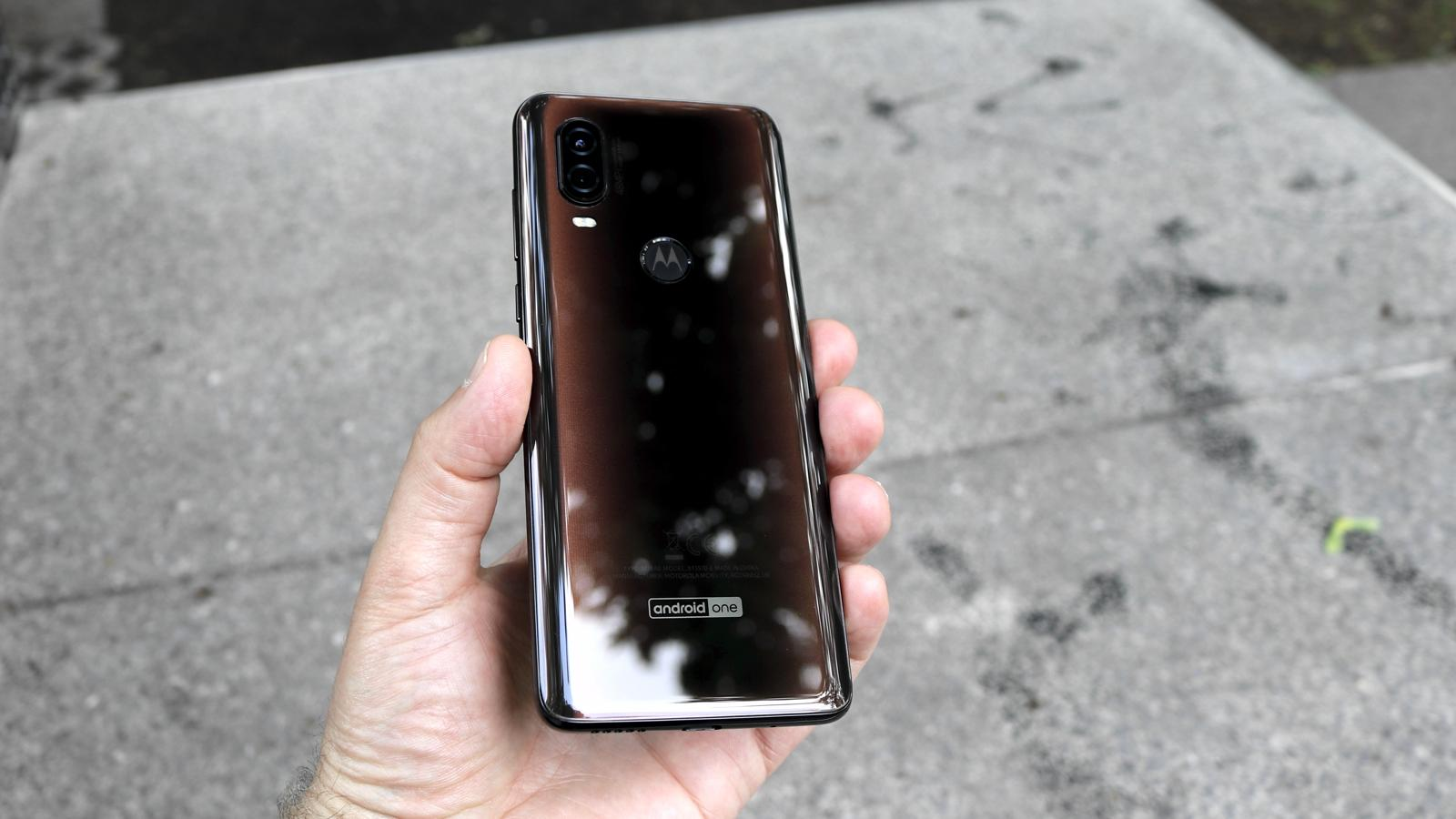 Motorola One Vision 04