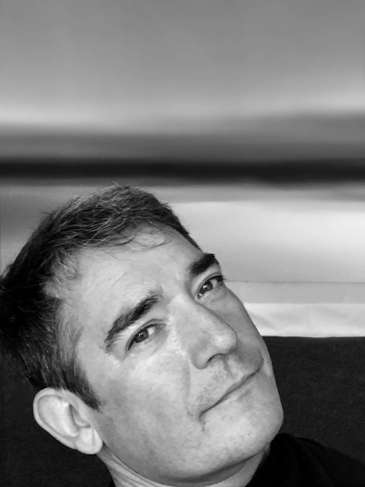 marc Oliver Grad Portrait