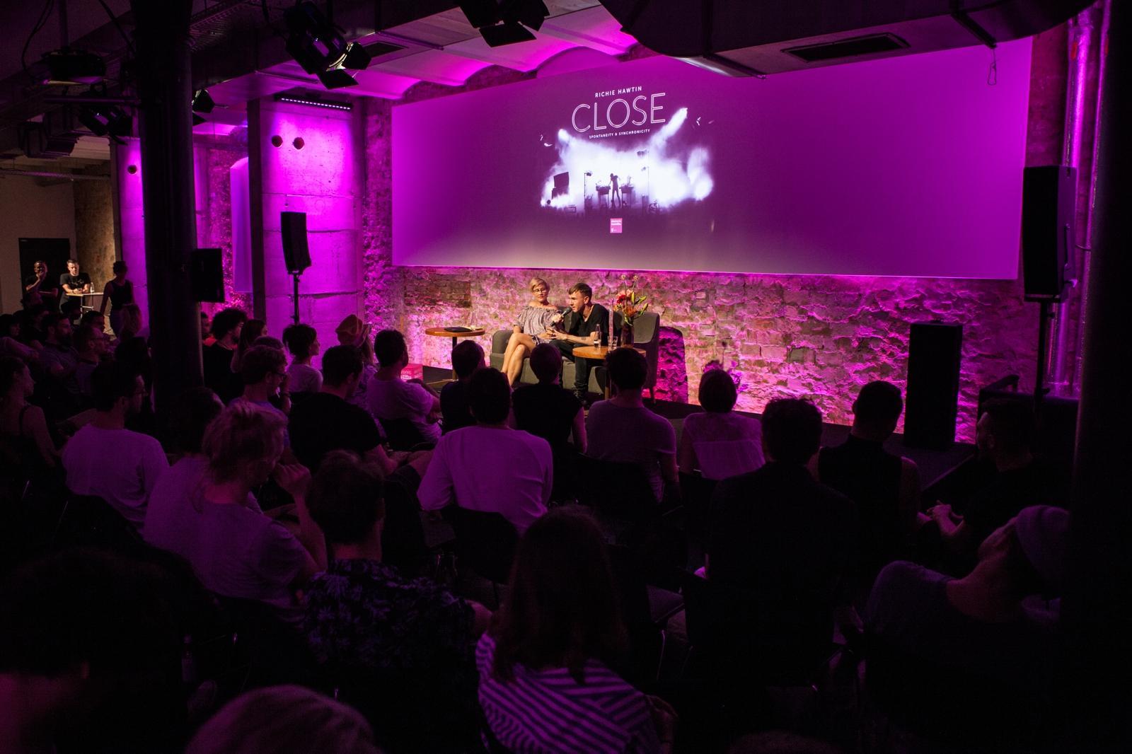 TEB Podcast Richie Hawtin und Gesine Kühne in der Factory Berlin