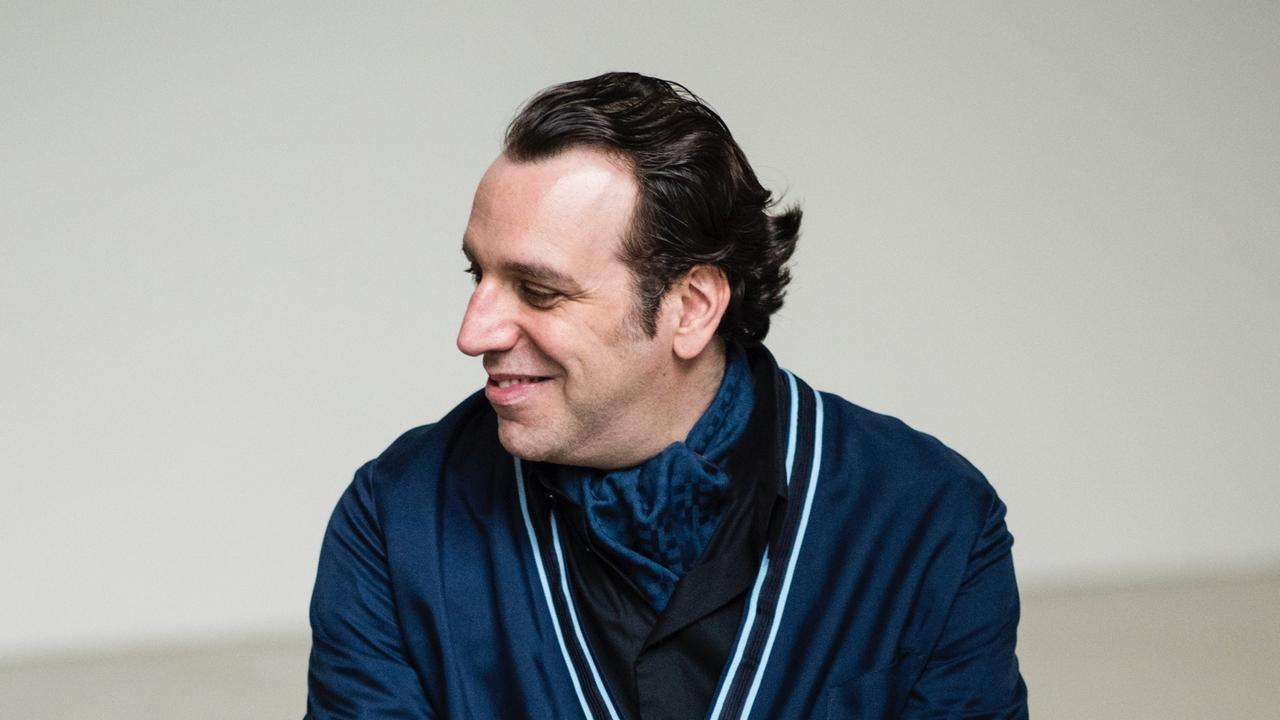 Chilly Gonzales Portrait lede