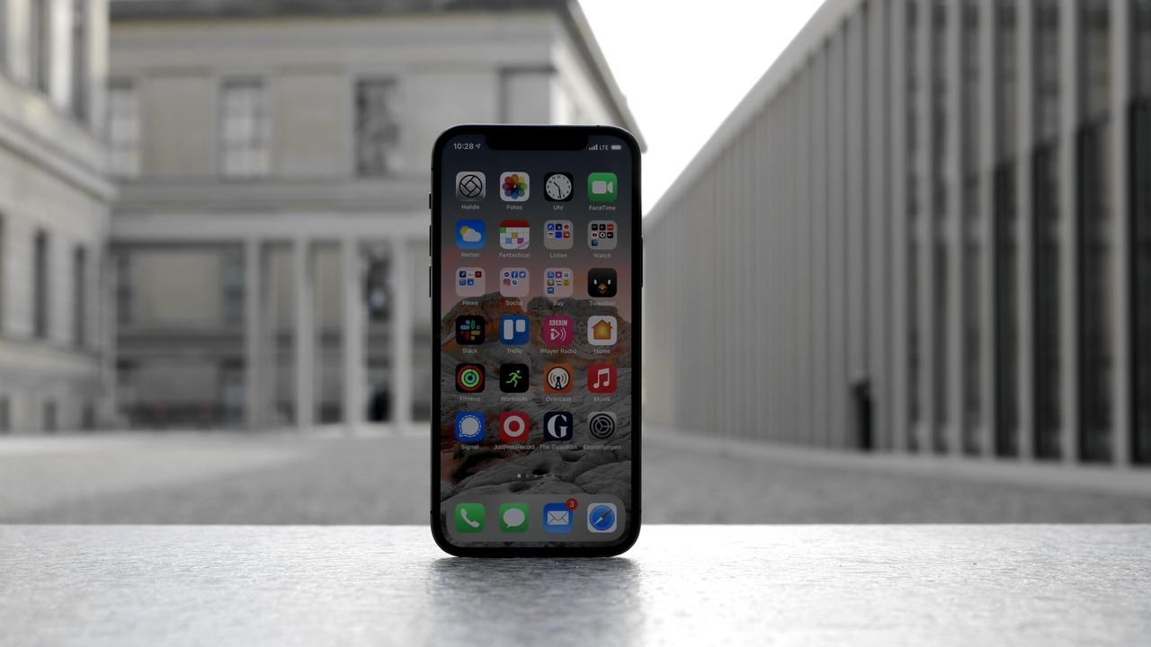 iPhone 12 Pro Review lede