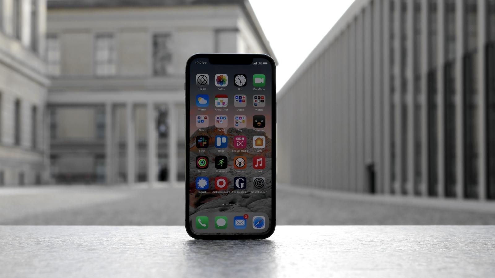 iPhone 12 Pro Review lede